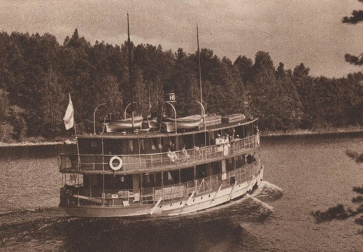 Finnish lake steamer in 1934